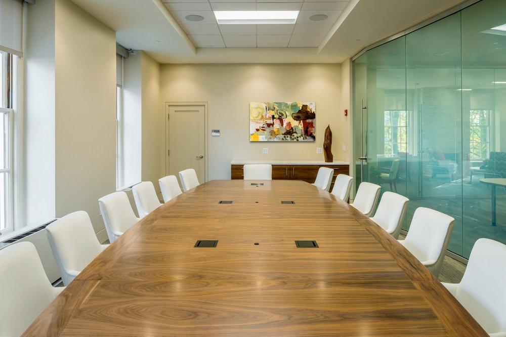 9-AU_WPI_Presidents Office__7202_ALT_MED.jpg