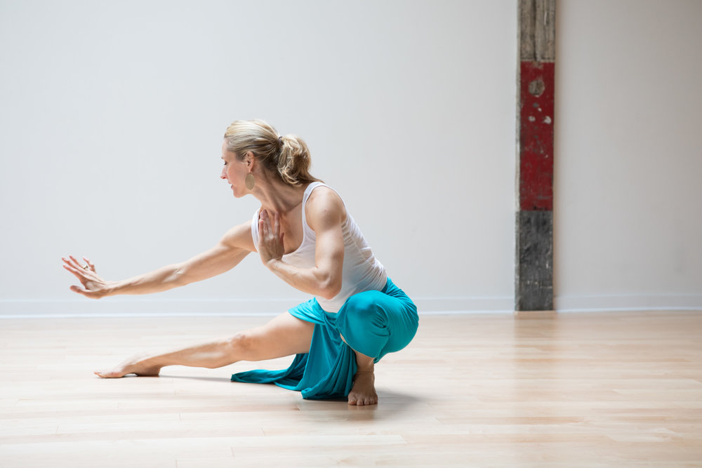 Abhaya Yoga Gowanus_Tara Asana_Hallie Easley Photography-407.jpg
