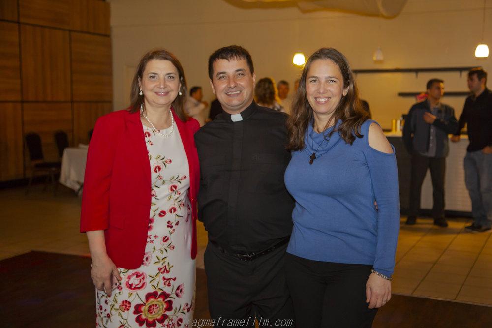 BISERICA preot-2.jpg