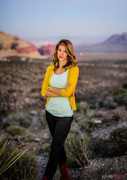 Author-Photo-lindsey-leavitt.jpg