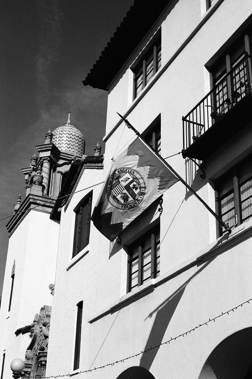 On the plaza of El Pueblo de Los Angeles.  Pentax K1000. Kodak Tri-X 400. Fletcher Berryman 2018.