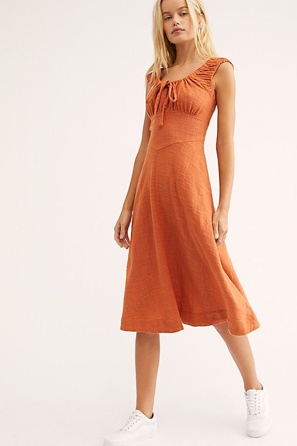 2. Lotti Midi Dress - I picture long walks through the orchards collecting apricots and chasing kids in this dress. The back detail is also beautiful!Shop it here.