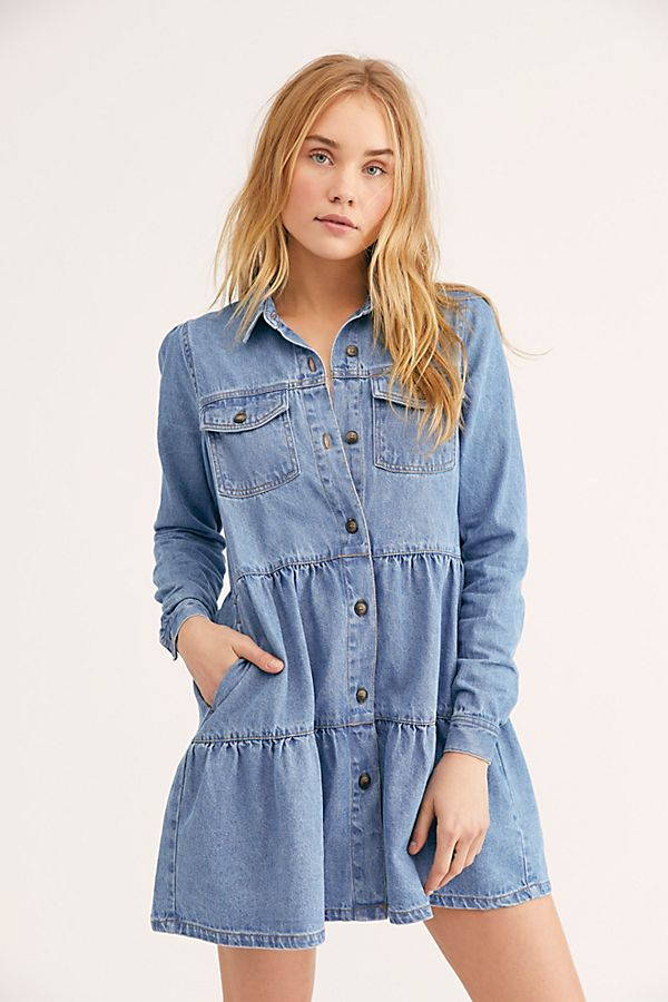 9.Denim Dress - I adore this denim dress and it is so easy to wear! Pair it with a cute hat and you've got yourself an adorable and effortless look.Shop it here.