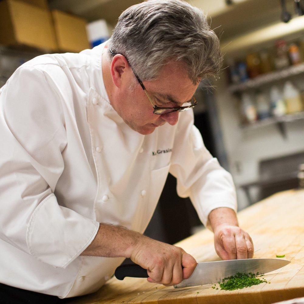 Chef+Kurt+Cutting.jpg