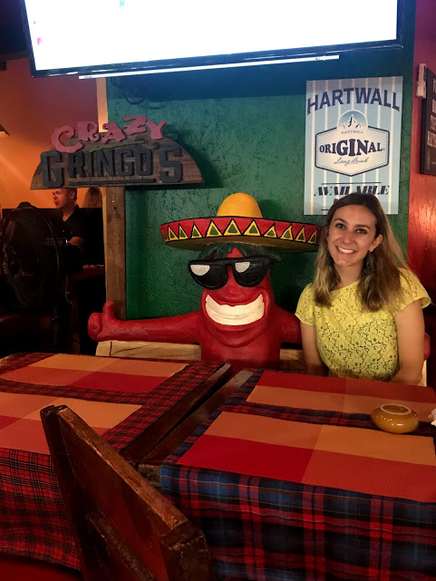 Cheesy picture at Crazy Gringos…followed by equally cheesy nachos.