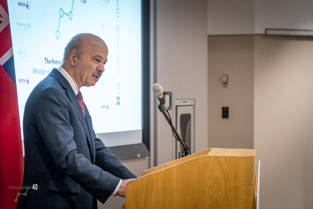Minsister visits XRCC - Reza Moridi spent the afternoon in Mississauga.