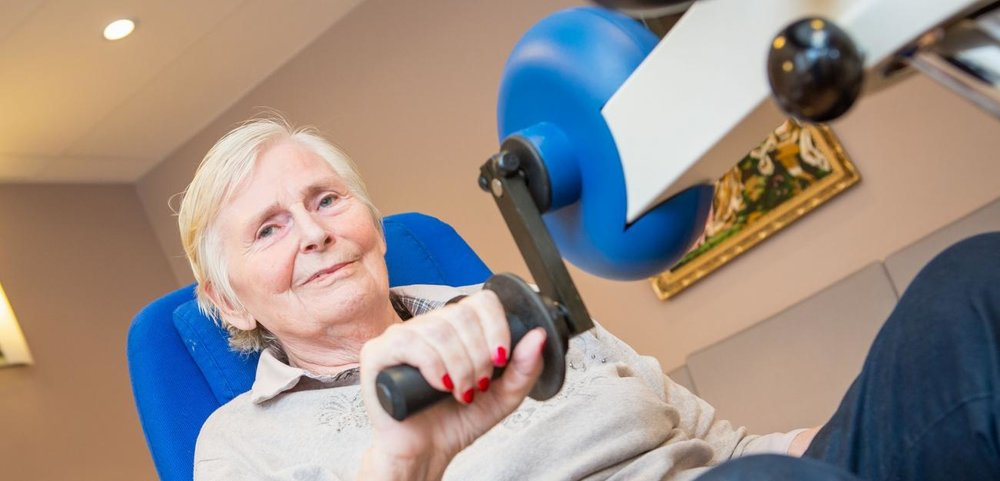 Eli Marie Nising (75) has gone from being overweight to being in good physical shape after moving in to a nursing home. The Motiview films have motivated her to weekly training, resulting in easier daily life for both her and the nurses.