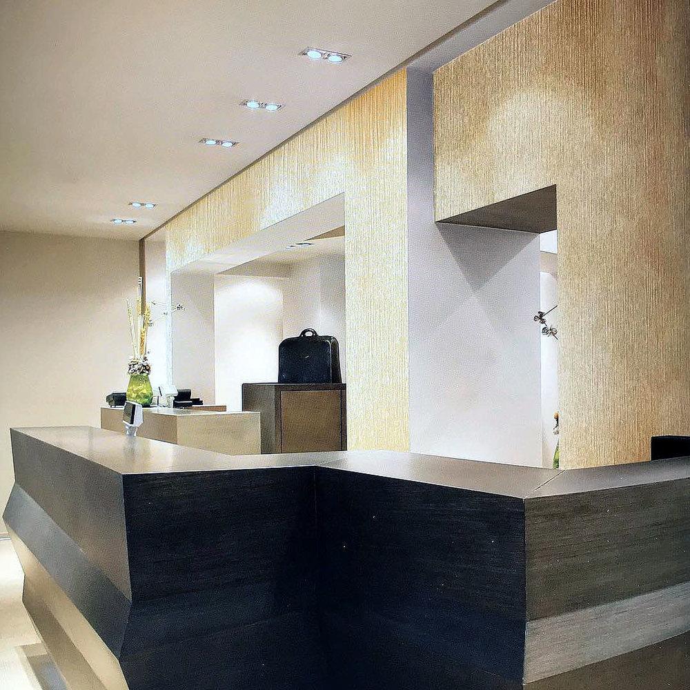 feature wall designs london 6.jpg