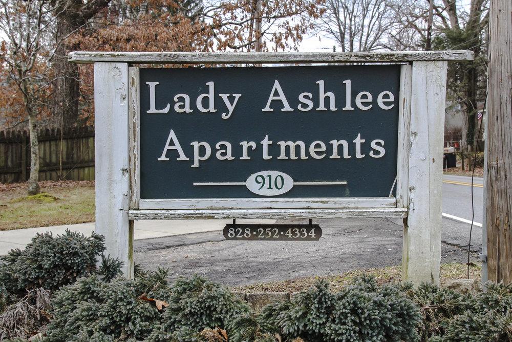 Lady Ashlee-19.jpg