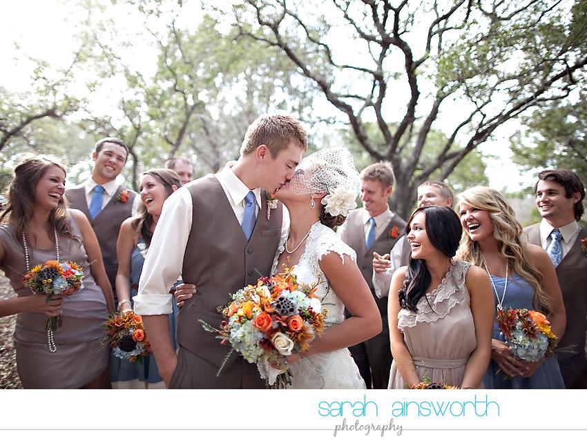 houston-wedding-photographer-gatesville-wedding-ruby-caroline-vintage-wedding-fall-wedding-cortney-bobby25