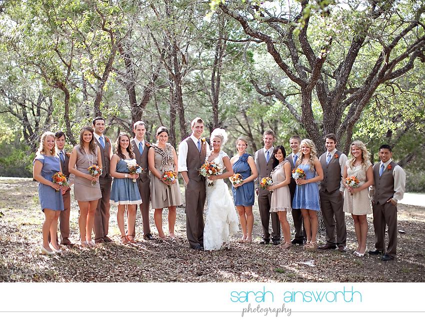 houston-wedding-photographer-gatesville-wedding-ruby-caroline-vintage-wedding-fall-wedding-cortney-bobby26