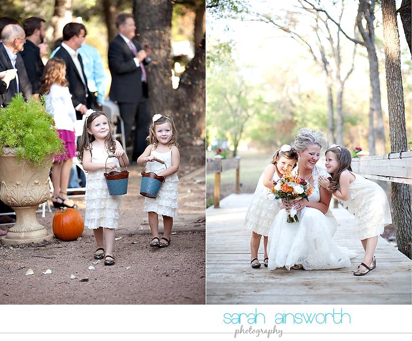 houston-wedding-photographer-gatesville-wedding-ruby-caroline-vintage-wedding-fall-wedding-cortney-bobby32