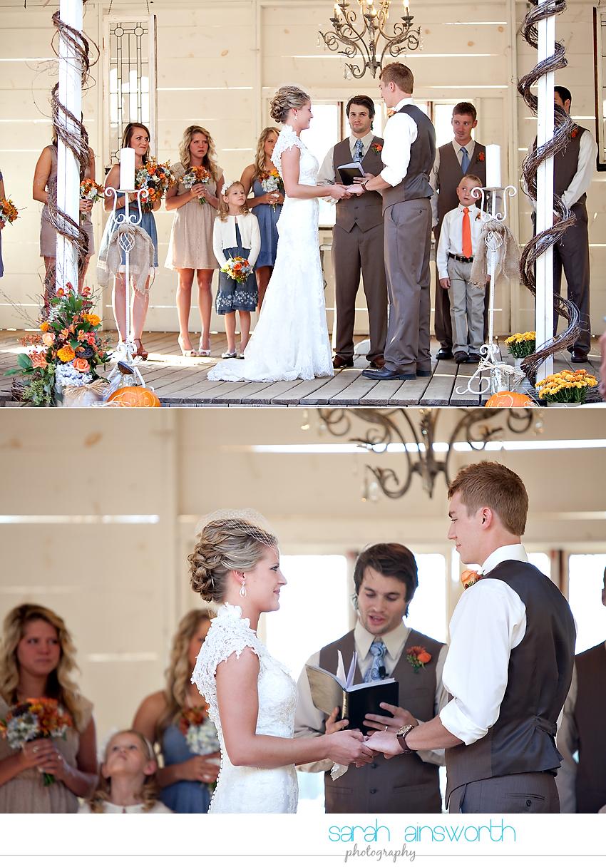 houston-wedding-photographer-gatesville-wedding-ruby-caroline-vintage-wedding-fall-wedding-cortney-bobby34
