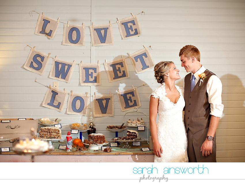 houston-wedding-photographer-gatesville-wedding-ruby-caroline-vintage-wedding-fall-wedding-cortney-bobby40
