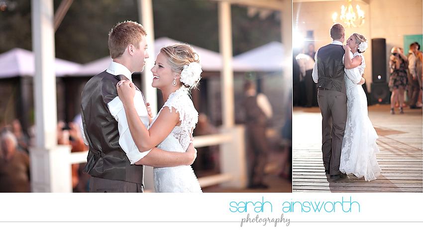 houston-wedding-photographer-gatesville-wedding-ruby-caroline-vintage-wedding-fall-wedding-cortney-bobby46