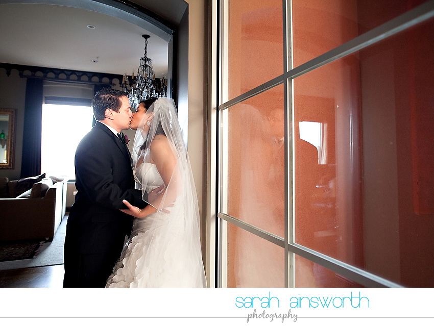 houston-wedding-photographer-hotel-zaza-wedding-new-years-eve-linette-josue20