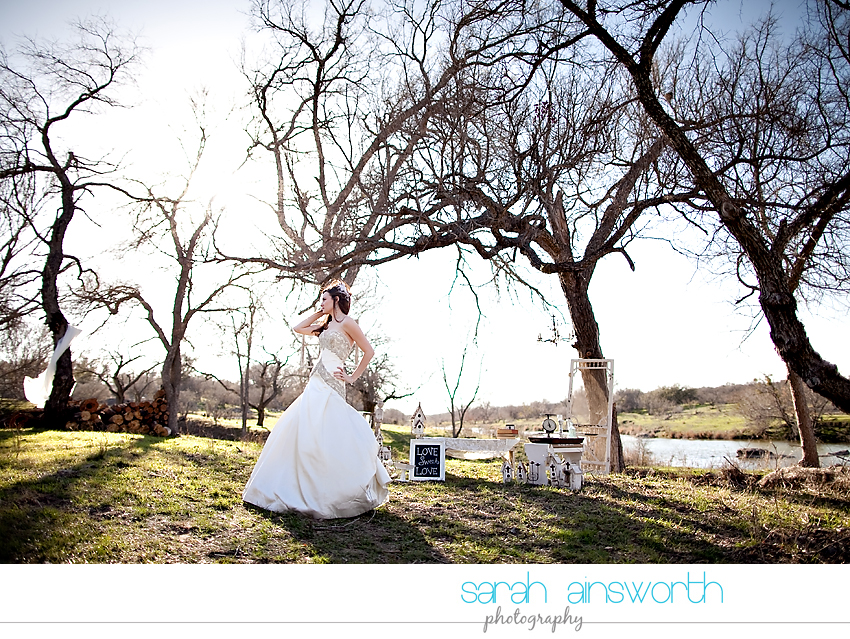 styled-bridal-shoot-hill-country-vintage-inspired-styled-bridal04