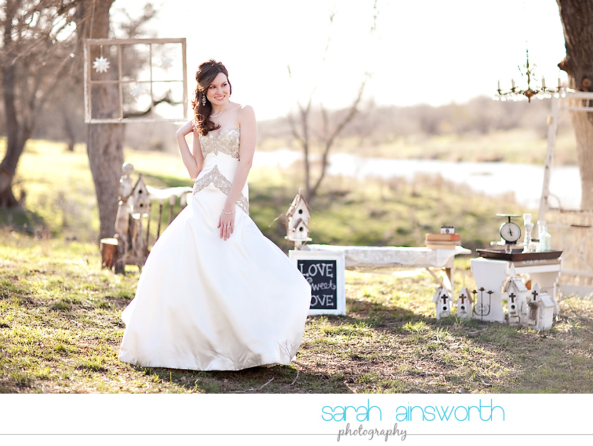styled-bridal-shoot-hill-country-vintage-inspired-styled-bridal09