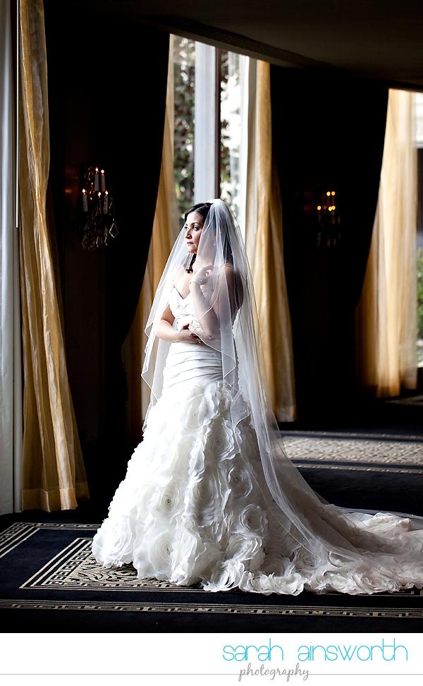 houston-wedding-photographer-hotel-zaza-wedding-bridal-portraits-linette004