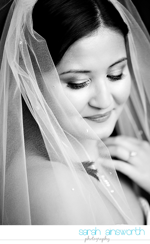 houston-wedding-photographer-hotel-zaza-wedding-bridal-portraits-linette011