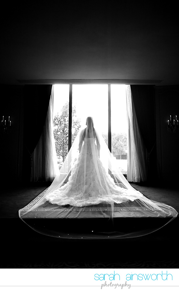 houston-wedding-photographer-hotel-zaza-wedding-bridal-portraits-linette013