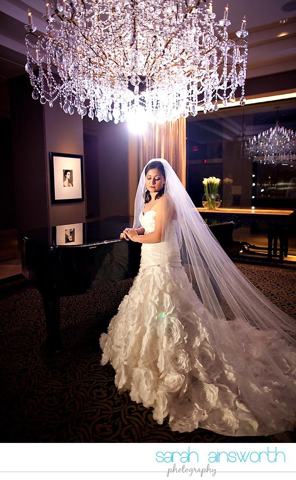 houston-wedding-photographer-hotel-zaza-wedding-bridal-portraits-linette015