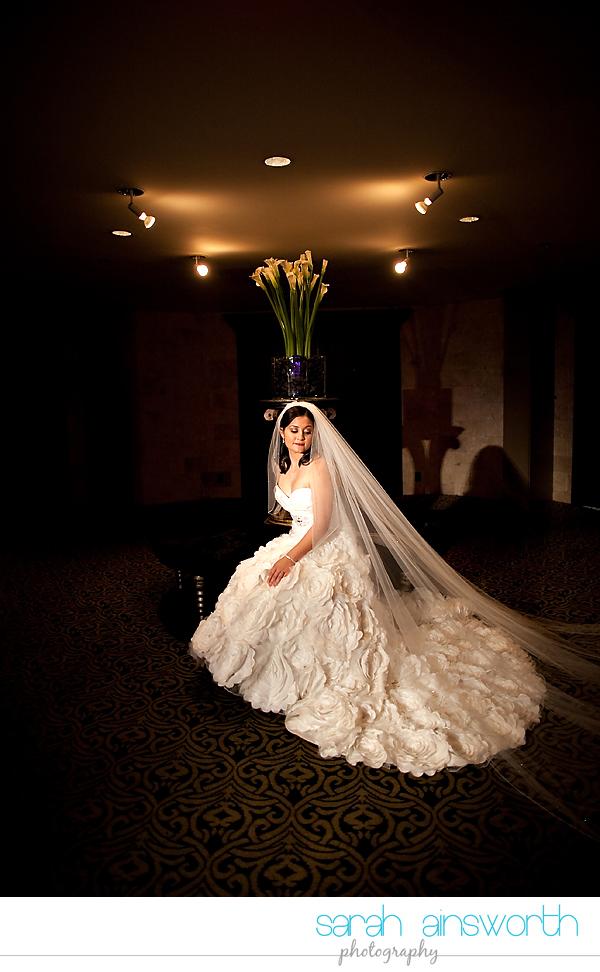 houston-wedding-photographer-hotel-zaza-wedding-bridal-portraits-linette017