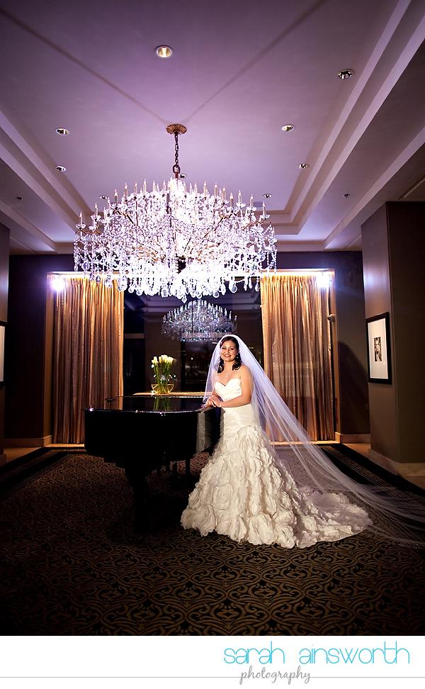 houston-wedding-photographer-hotel-zaza-wedding-bridal-portraits-linette018