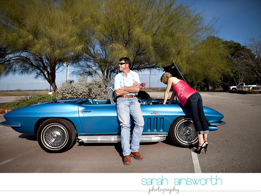 montgomery-engagement-photographer-vintage-car-jennifer-leslie05