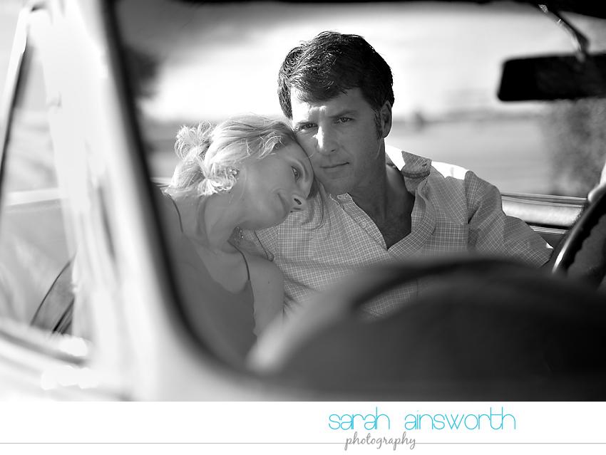 montgomery-engagement-photographer-vintage-car-jennifer-leslie09