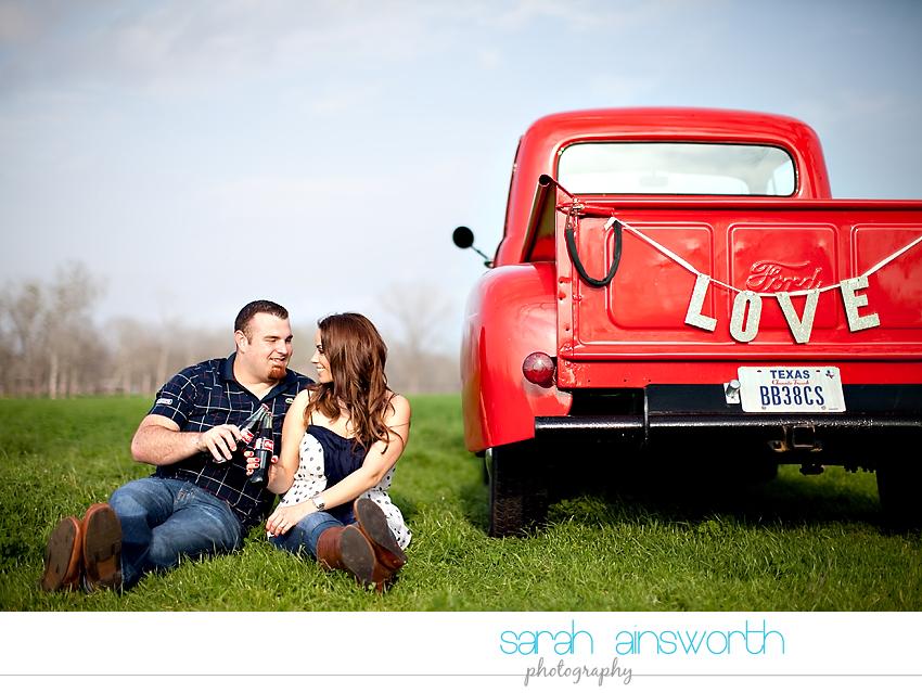 houston-wedding-photographer-vintage-rustic-engagement-pictures-karen-taylor02