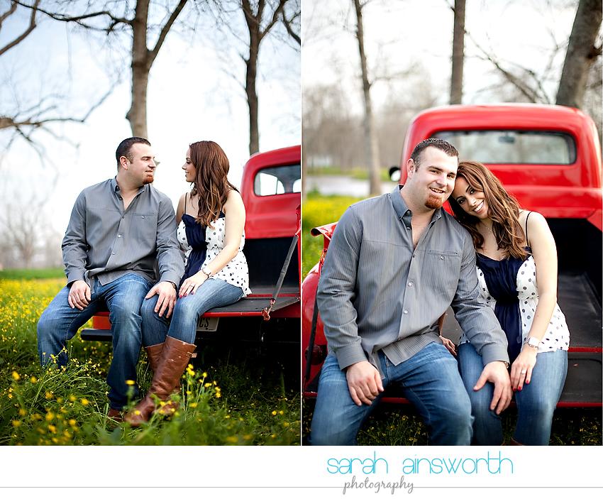 houston-wedding-photographer-vintage-rustic-engagement-pictures-karen-taylor17
