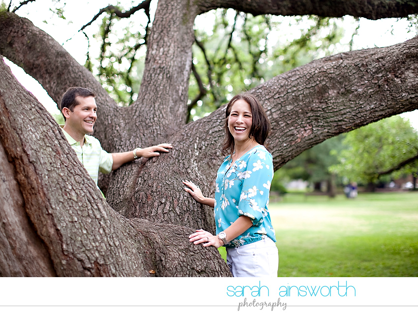 heights-couples-shoot-anniversary-shoot-colorful-balloons-menil-collection-veronica-patrick07