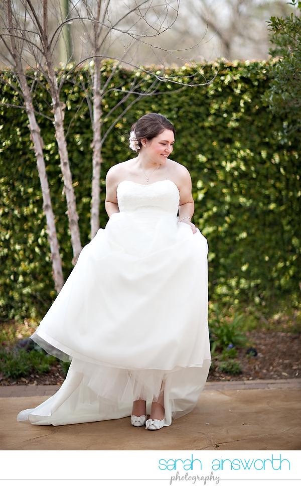 houston-wedding-photographer-briscoe-manor-wedding-bridal-portraits-nicole008