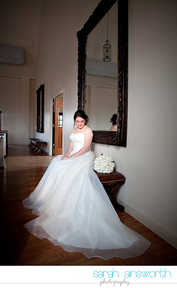houston-wedding-photographer-briscoe-manor-wedding-bridal-portraits-nicole010