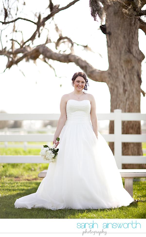 houston-wedding-photographer-briscoe-manor-wedding-bridal-portraits-nicole011