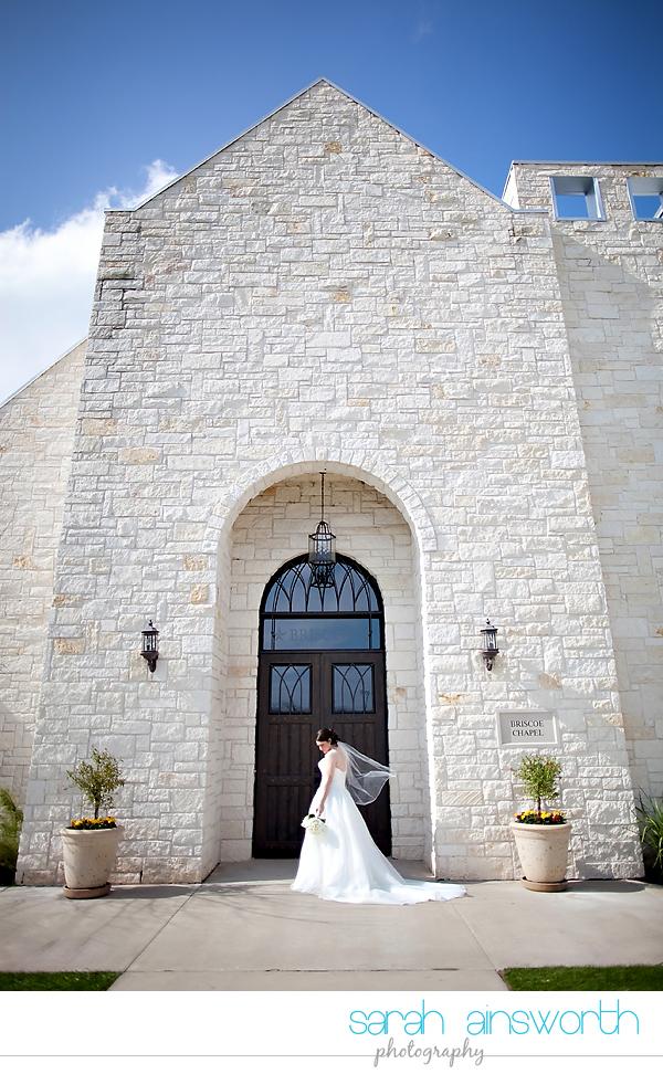 houston-wedding-photographer-briscoe-manor-wedding-bridal-portraits-nicole015