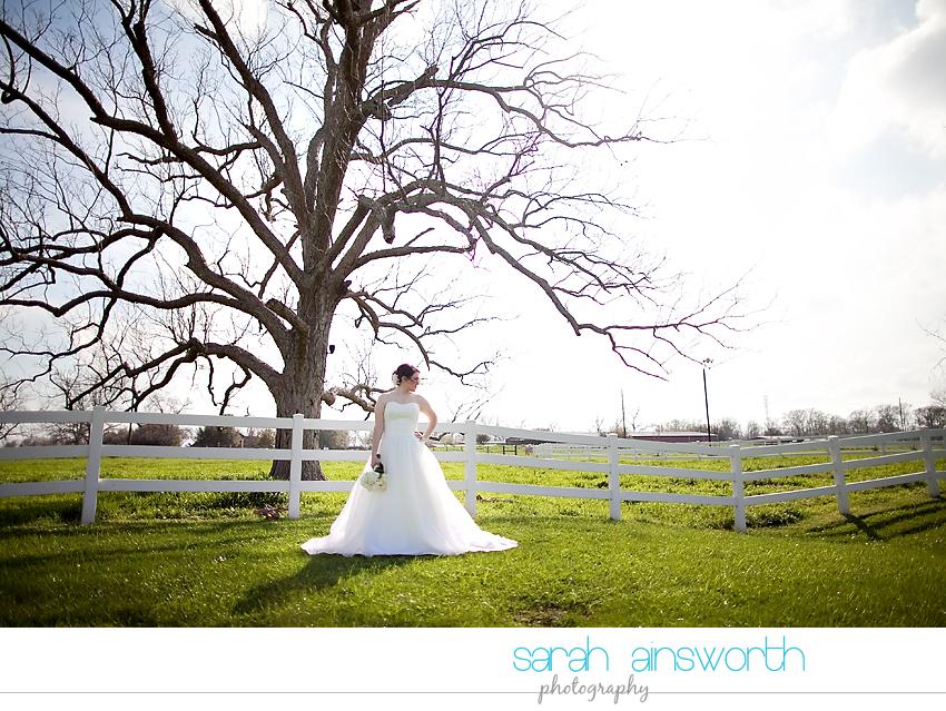 houston-wedding-photographer-briscoe-manor-wedding-bridal-portraits-nicole016