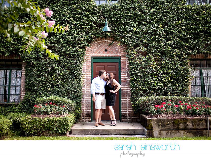 houston-wedding-photography-montrose-library-engagement-pictures-telephone-booth-ainsley-aaron007