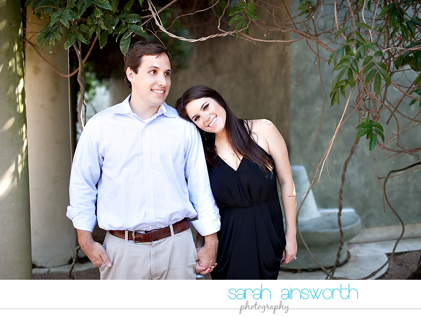 houston-wedding-photography-montrose-library-engagement-pictures-telephone-booth-ainsley-aaron010