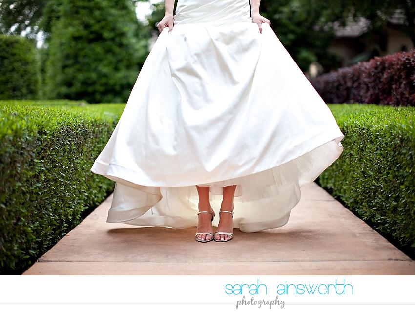 houston-wedding-photographer-royal-oaks-country-club-wedding-bridal-portriats-sara013