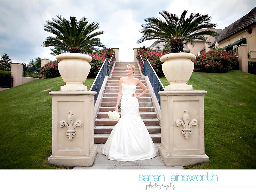 houston-wedding-photographer-royal-oaks-country-club-wedding-bridal-portriats-sara015