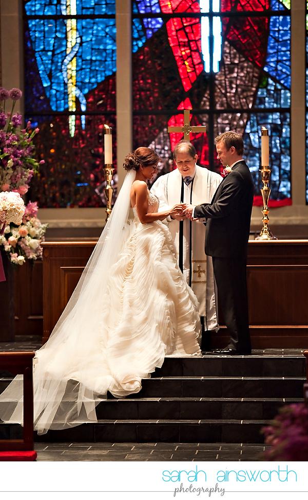 houston-wedding-photographer-hotel-zaza-petroleum-club-wedding-westminister-methodist30