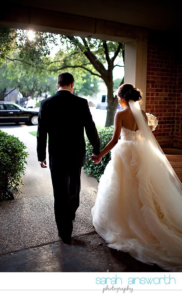 houston-wedding-photographer-hotel-zaza-petroleum-club-wedding-westminister-methodist38
