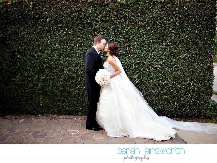 houston-wedding-photographer-hotel-zaza-petroleum-club-wedding-westminister-methodist42