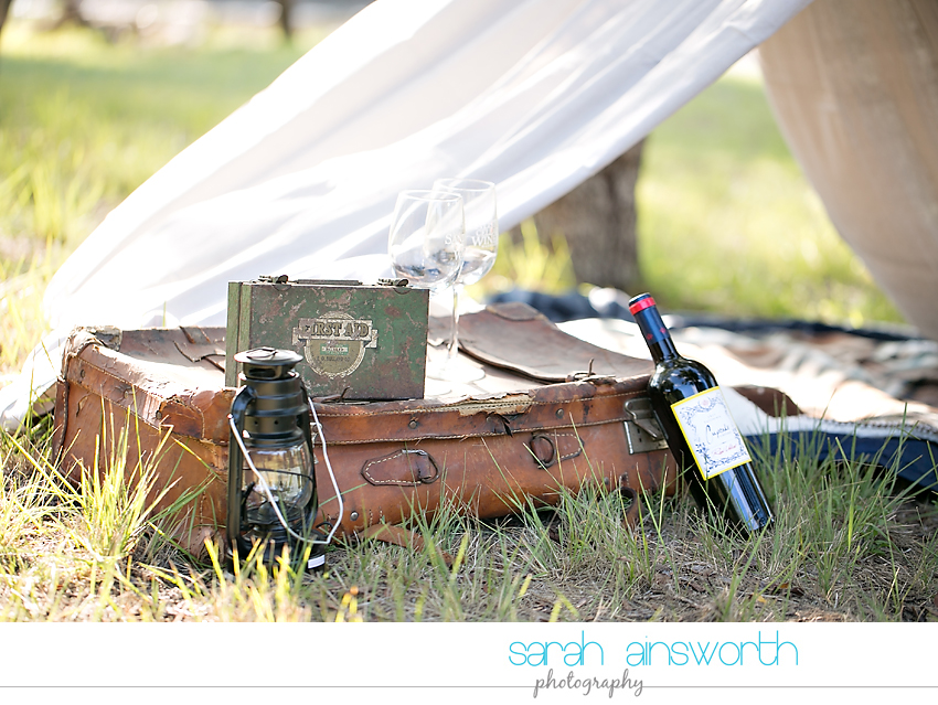 houston-wedding-photographer-fall-engagement-pictures-camping-styled-shoot-brenna-mason004