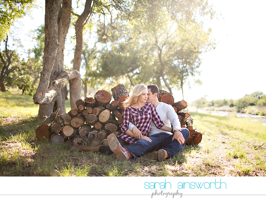 houston-wedding-photographer-fall-engagement-pictures-camping-styled-shoot-brenna-mason012