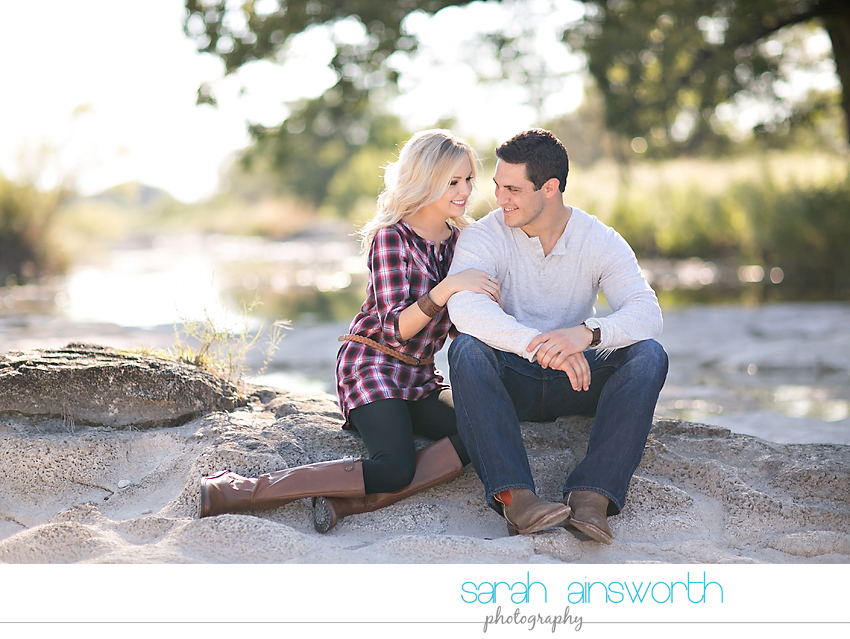 houston-wedding-photographer-fall-engagement-pictures-camping-styled-shoot-brenna-mason020