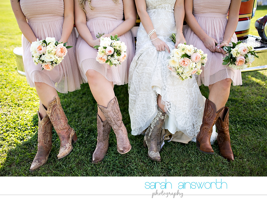 houston-wedding-photographer-rustic-chic-wedding-vintage-diy-wedding-chelsea-tucker11