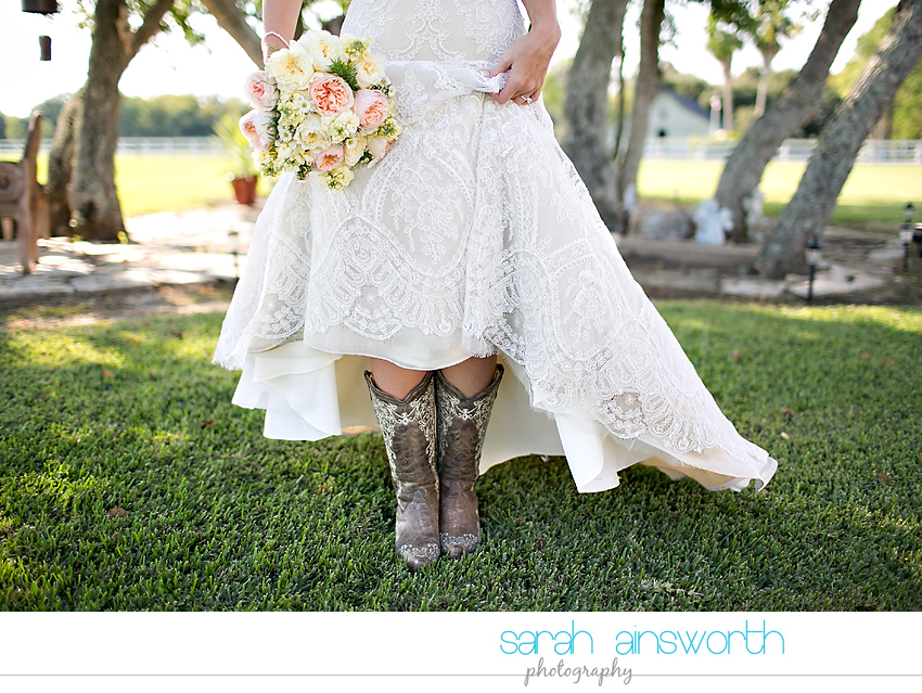 houston-wedding-photographer-rustic-chic-wedding-vintage-diy-wedding-chelsea-tucker16